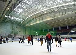 センター スポーツ 東 区