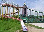 大型遊具のある公園 -なっちゃんの遊び場ネット-
